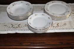 Zsolnay lila barackvirágos tányérkészlet