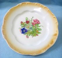Zsolnai pajzspecsétes kínáló tányér