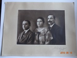 Régi, antik családi fénykép, jelzett fotó (Csépány), 1925