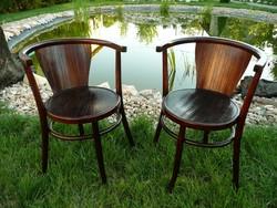 Thonet gyűjtők ! Nagyon ritka asszimetrikus, szép jelzett osztrák Thonet- Mundus szék pár eladó