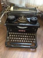 Uránia antik írógép