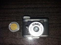Vintage Petie Mini Fényképezőgép