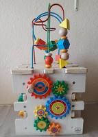 Harmadáron! KidKraft interaktív oktató kocka 30 x 30 cm