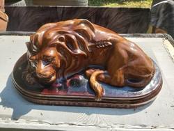 Trianón hatalmas oroszlán. 1920 ás évek.