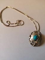 Navajo ezüst medál/kitűző türkizzel ezüst lánccal