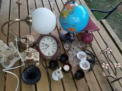 3  db  lampa,  óra  stb