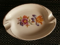 Kispesti porcelán hamuzó