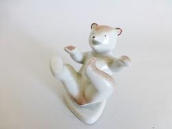 Kispesti hempergő maci