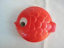 Retro trafikáru műanyag játék mozgó szemű hal