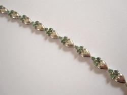 Virágok és szívek, természetes smaragd köves sterling ezüst karkötő 925