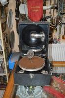 Régi működő táska gramofon