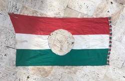 1956-os forradalmi zászló