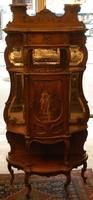 Francia rokokó vitrin (eredeti)  XV. lajos korából (1710 -1774)