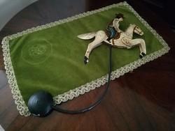 Antik fém lovas játék