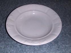 Zsolnay porcelán dombormintás mélytányér (s-7)