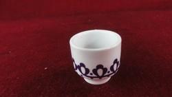 Alföldi porcelán pálinkás kupica, lila motívummal.