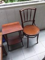 Thonet asztal székkel együtt, vagy külön is eladó.