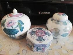 Keleti porcelánok  3 db