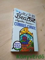 M. C. Beaton: Agatha Raisin and the Curious Curate
