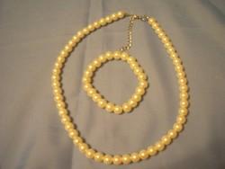 Selyemfényű gyöngy nyaklánc ,+ karkötő 42 és 7.5 cm