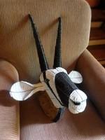 Hatalmas / 70 x 50 cm-es / falra akasztható ,afrikai , drótvázra  gyöngyből fűzött antilop fej
