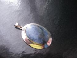 Ezüst medál lapis lazulival