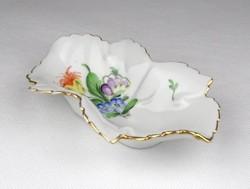 0X995 Herendi porcelán levél alakú hamutál