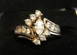 14 Karátos Sárga Arany 0.85 Karátos Gyémánt Menyasszonyi Készlet