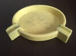 Régi sárga kerámia hamutartó