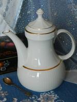 Elegáns fehér teás, kávés kanna, kiöntő