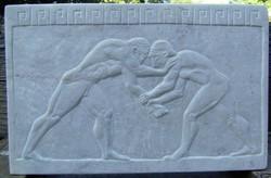 Kőfaragvány dombormű görög Bírkózók carrarai márványból