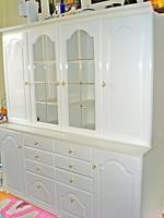 Gyönyörű hófehér étkező-, tálaló szekrény 162 cm hosszú   LEÁRAZTAM!!!!