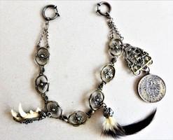 Ezüst vadászlánc; bajor eredetű vadászékszer, minitrófeákkal, ritkaság függővel