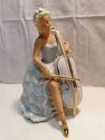 Hölgy vonós hangszerrel nagyobb porcelán szobor