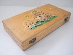Fából készült, festett antik tolltartó