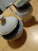 Porcelán, bonbonier és tejszínes kanna