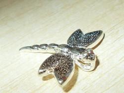 Szitakötő 3D-s 925 ezüst - fehérarany Medál