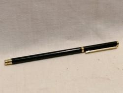 Elegáns fekete vékony női toll