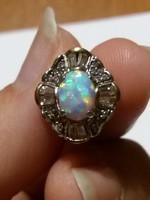 Antik opál köves arany fülbevaló