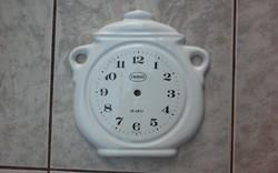 Fazék alakú kerámia óra