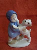 GDR porcelán figura: Kislány kutyával