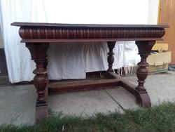 Ónémet nagy méretű asztal