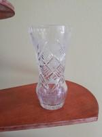 Kis kristály váza