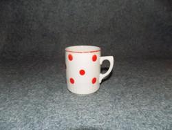 Zsolnay porcelán szoknyás piros pöttyös bögre (9/d-2)