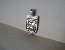 Angol ezüst címer medál