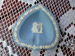 Angol Wedgwood szív alakú gyűrű tál