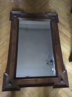 Metszett üvegű tükör fakeretben