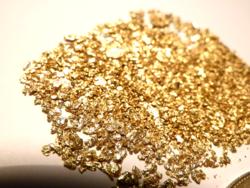 Arany rögök és pelyhek - 6,12gramm, 17-22 karát