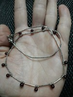 Antik ezüst nyaklánc gránátokkal
