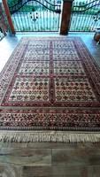 Gyönyörű nagyméretű perzsa szőnyeg 240x355-cm